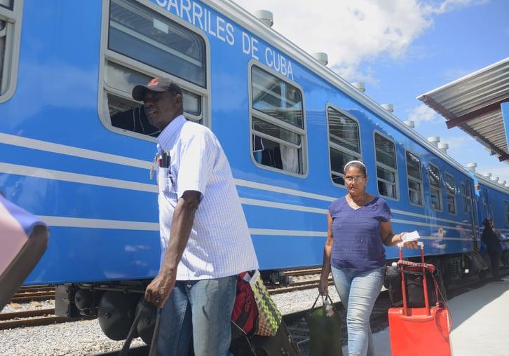 Se mantienen las salidas de los trenes nacionales, pese a limitaciones energéticas
