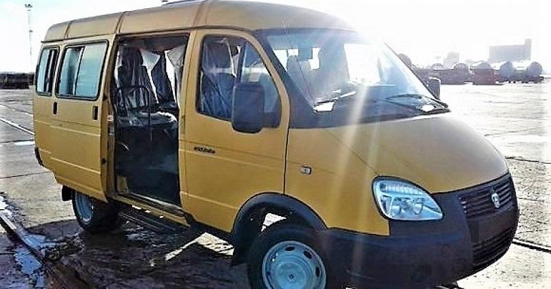 Russian minibuses arrives to strengthen public transport in Havana