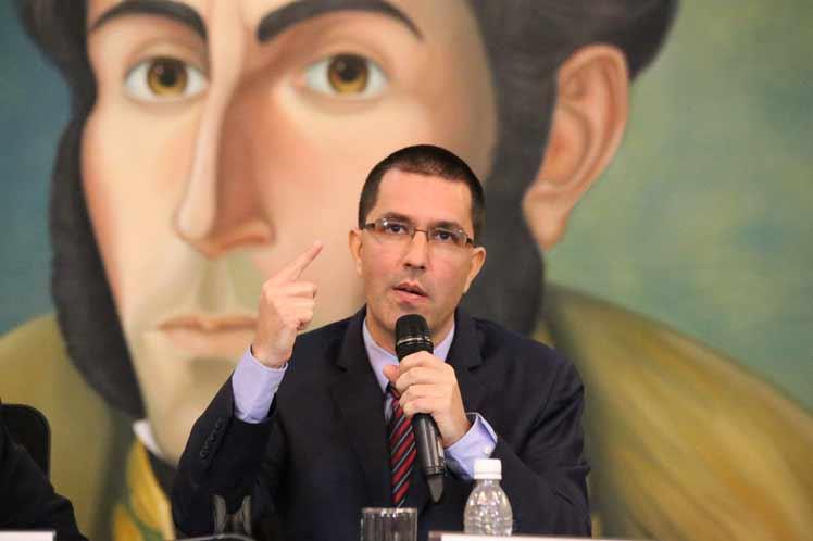 Venezuela: Washington is killing international law