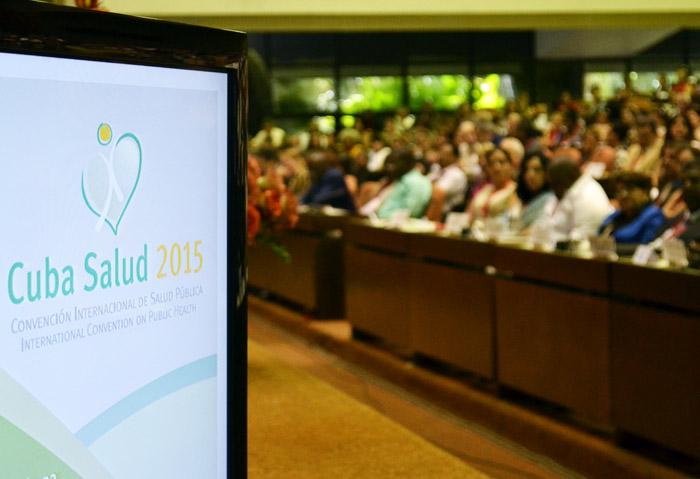 Pondera D�az-Canel �xito de Feria y Convenci�n de Salud (+Audio)