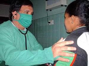 Atenci�n especial a enfermos con sida en Cienfuegos