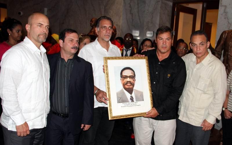 Concluye visita de Los Cinco a Angola