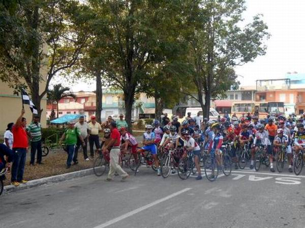 Agradecen Los Cinco apoyo de ciclistas a su liberaci�n (+Audio)