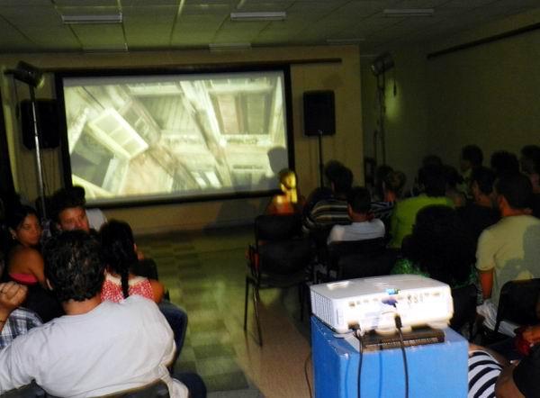 Premian en Camag�ey muestras del Almac�n de la Imagen