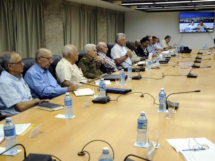 Gobierno cubano evalúa medidas adoptadas y posibles daños por Michael