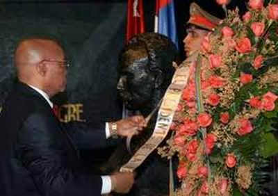 Rinde homenaje a mártires cubanos Presidente de Sudáfrica
