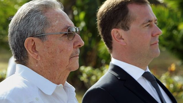 Raul Castro Meets Russian Government Vice-President