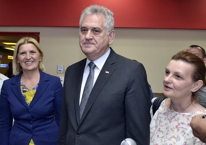 Entrega presidente de Serbia condecoraci�n a Fidel (+Audio)
