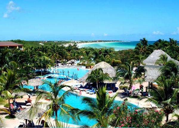 A buen paso el turismo cubano