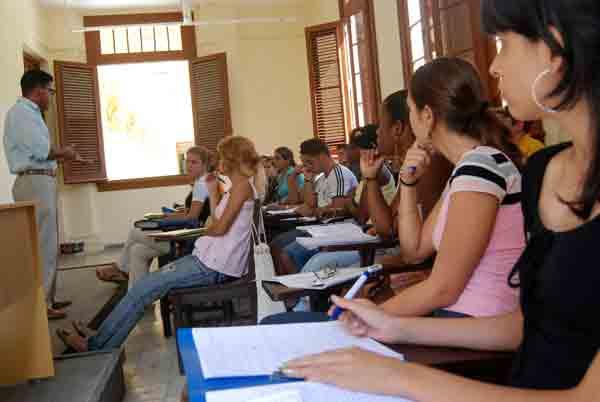 Cambios de la enseñanza superior para próximo curso escolar (+Audio)