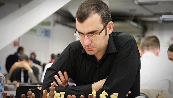 Leinier pudiera despedirse ante Topalov en el Europeo de Clubes