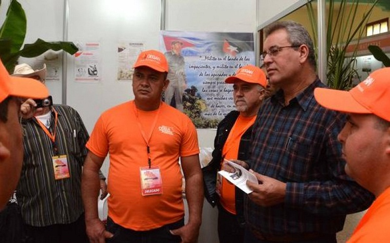 Minister of Agriculture visits Rancho Boyeros Fair