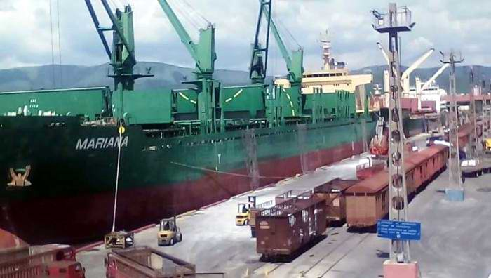Puerto de Santiago de Cuba completa el mill�n de toneladas de carga manipulada