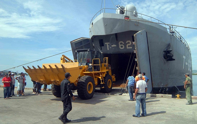 Second Venezuelan ship arrives with aid for victims of Matthew