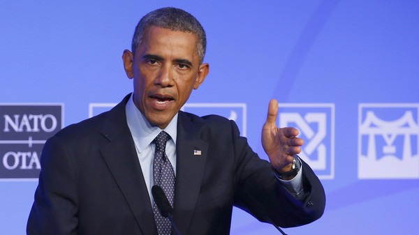 Obama Signs Routine Extension to Keep Blockade against Cuba