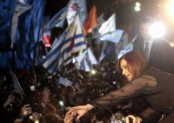 Reelecta Cristina Fernández como presidenta de Argentina
