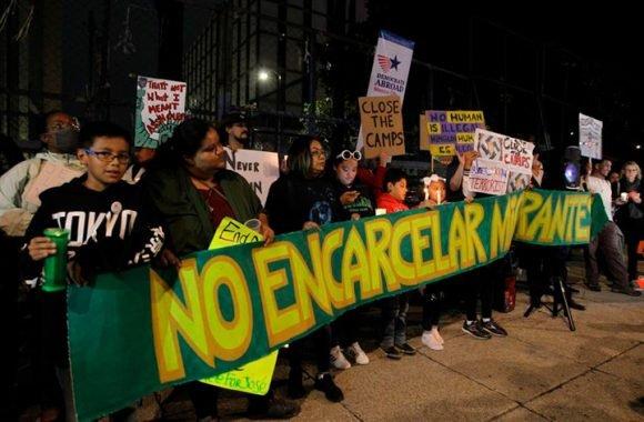 Miles de personas protestan en EE.UU contra las redadas antinmigrantes (+Video)