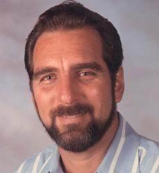 René González Shewerert