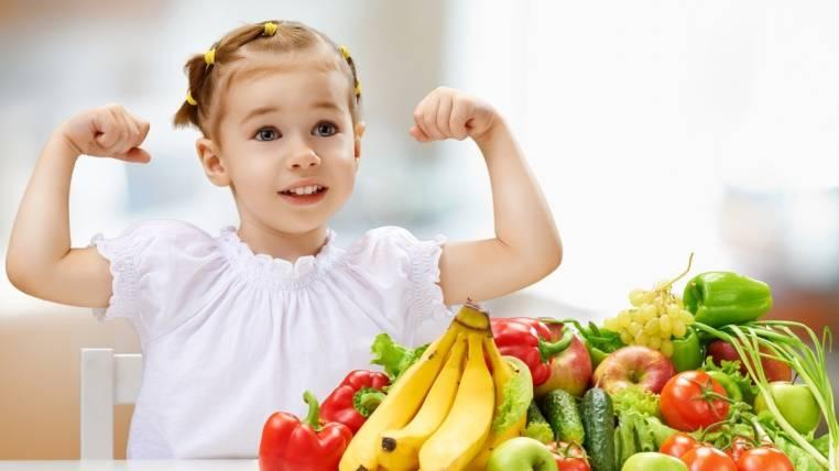 Hablando con el Dr. Quirantes sobre aspectos ideales en la alimentación infantil