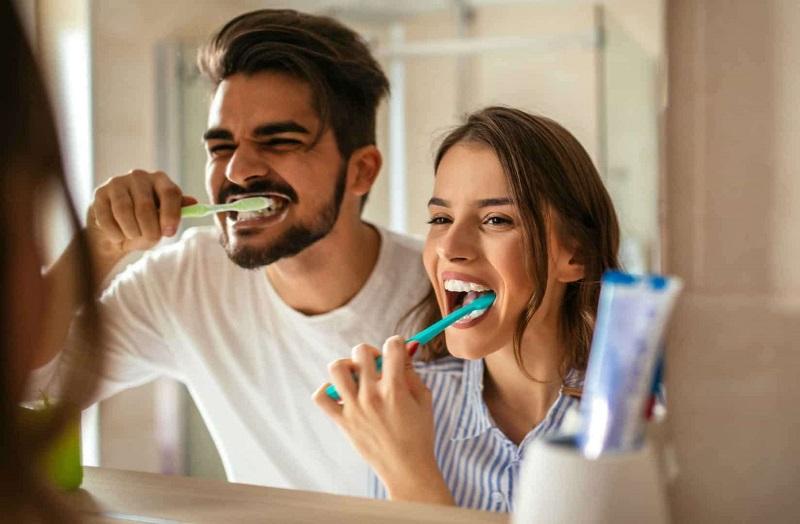 El cepillado adecuado de sus dientes también protege su corazón