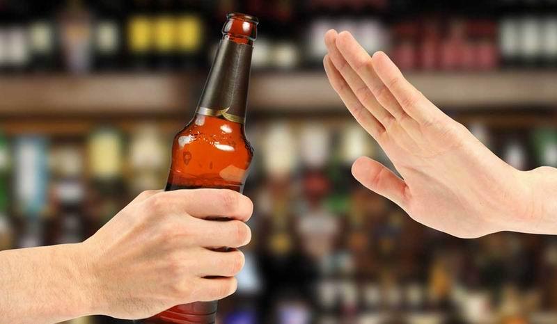 Los no bebedores también pueden ser dañados por el alcoholismo