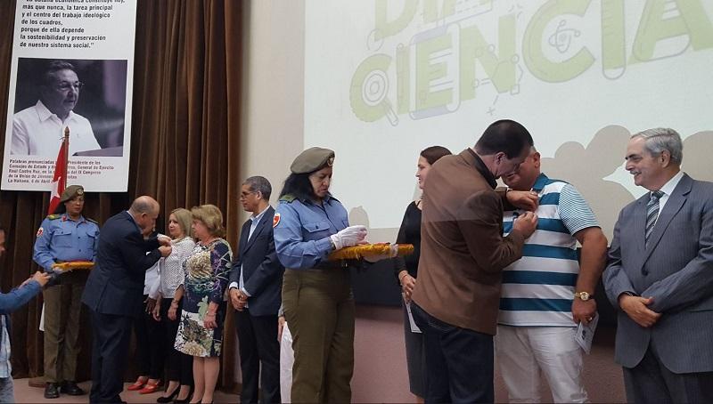 Científicos biomédicos celebran el día de la Ciencia Cubana