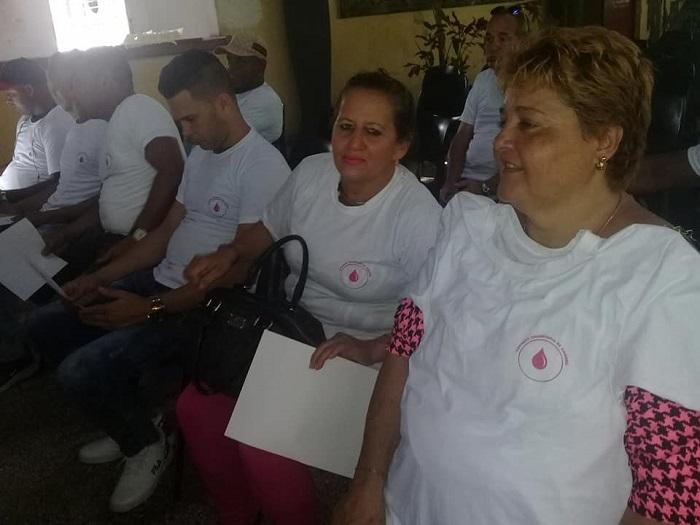 Reconocen a Donantes Voluntarios de Sangre (+Fotos)