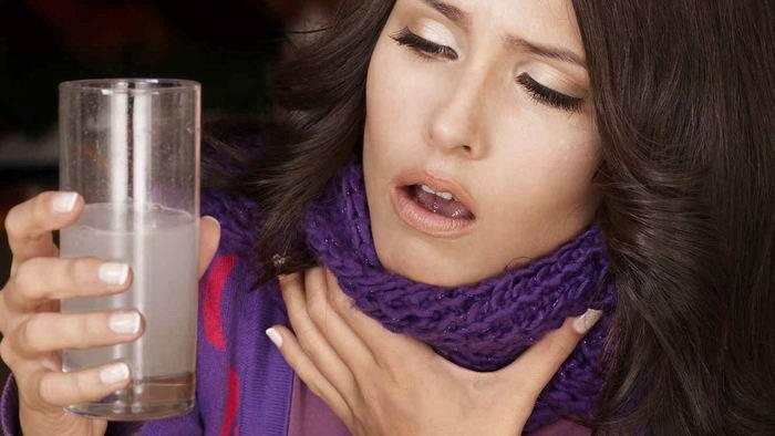Efectivos remedios de agua con sal a padecimientos cotidianos