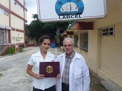 Estudiante cubana de medicina obtiene premio internacional