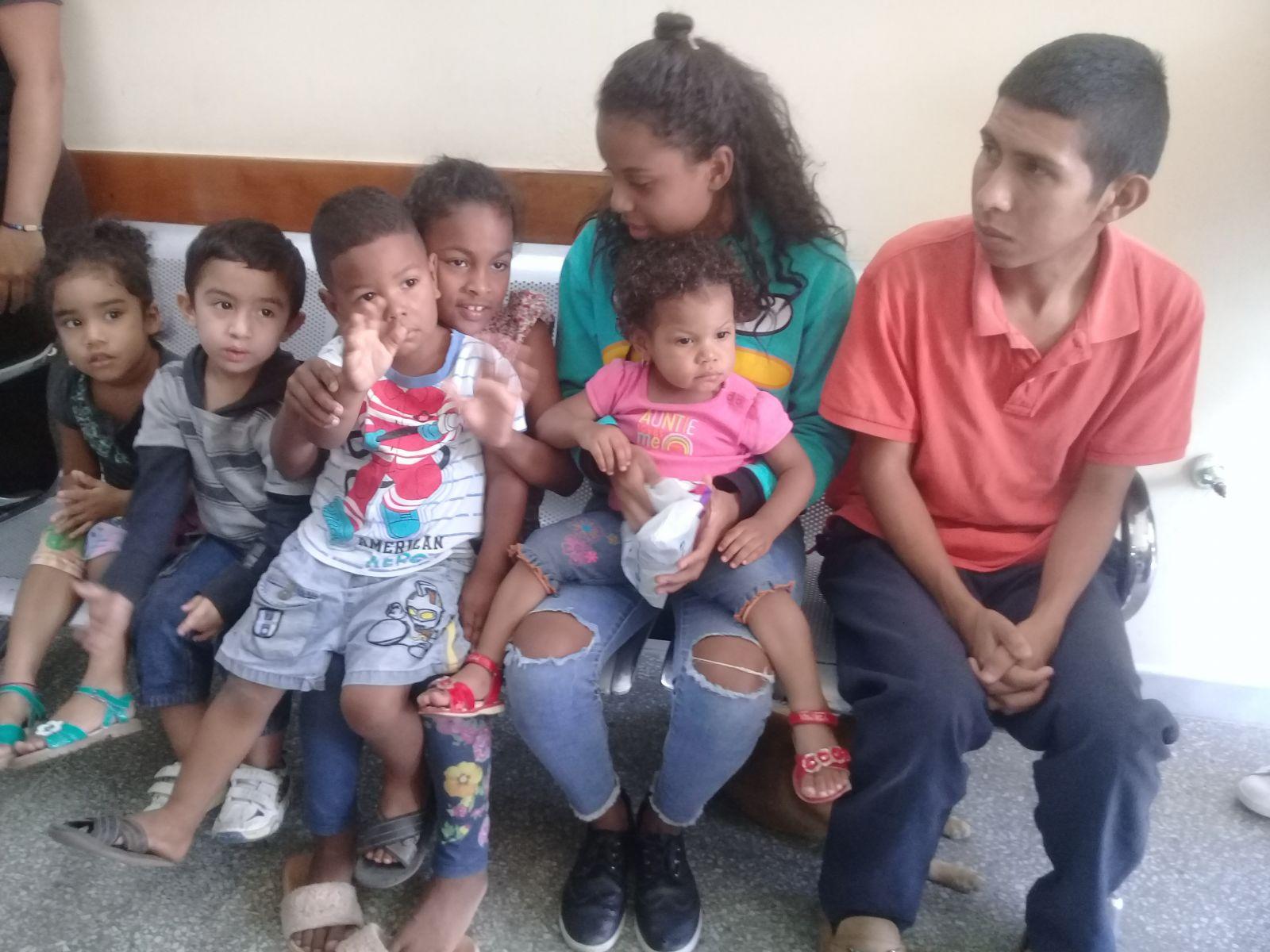 Avanza vacunación antipolio en Venezuela