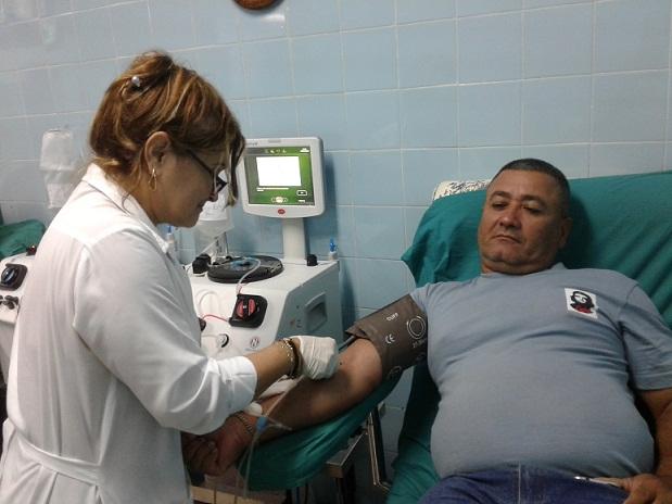 Los cederistas tuneros destacados en las donaciones de sangre