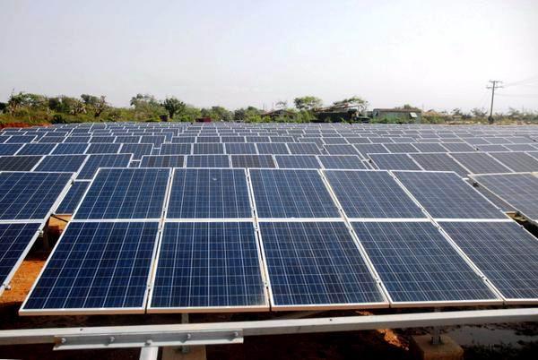 Funciona sin contratiempo parque fotovoltaico de Ciego de Ávila. Foto: Pablo Soroa