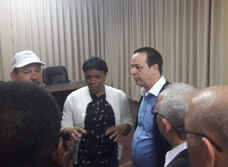 Chequea Vicepresidenta del Consejo de Estado recuperación de instituciones de salud