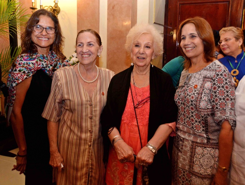 Estela de Carlotto bids Cuba a satisfied farewell