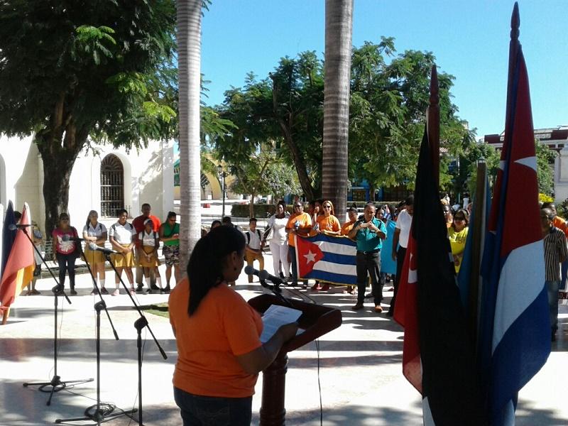 Abanderada delegación de Guantánamo al Congreso de la FMC
