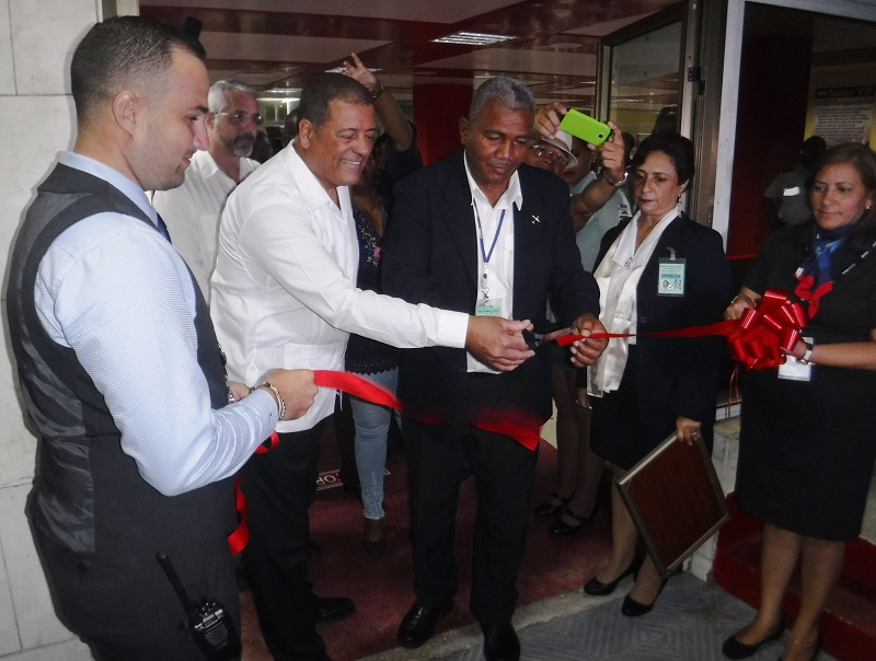 Incia American Airlines nueva ruta Miami-Santiago de Cuba