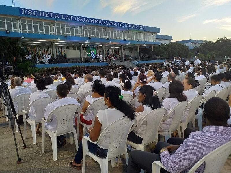 Preside Díaz-Canel acto por aniversario 20 de la ELAM