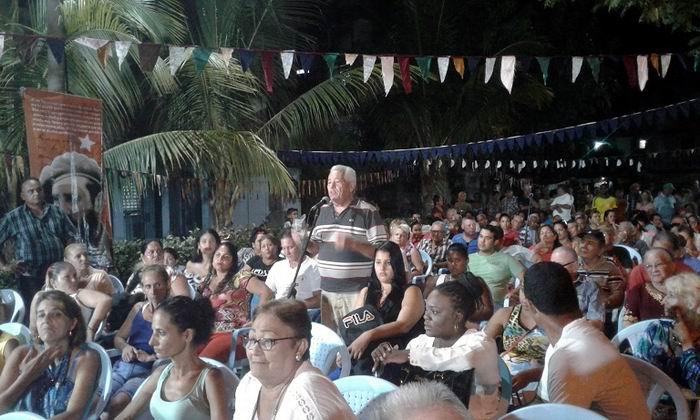 Barrio debate en Las Tunas