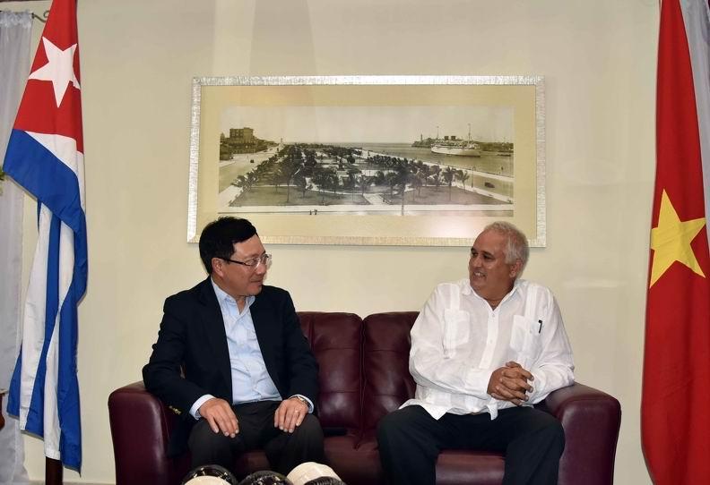 Inicia Canciller de Vietnam visita oficial a Cuba