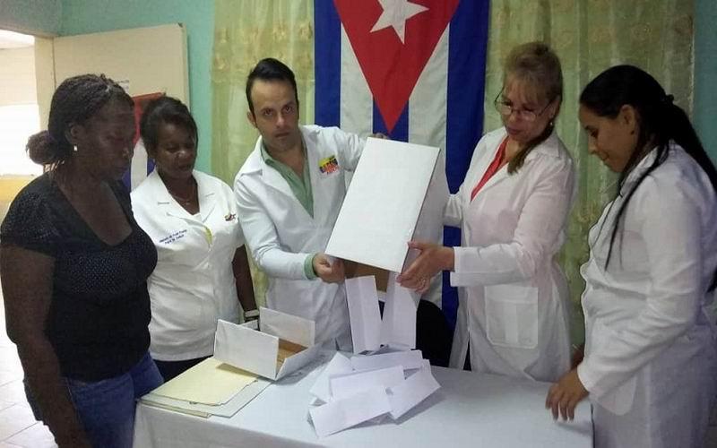 Tuneros en el extranjero votaron Sí por la Constitución