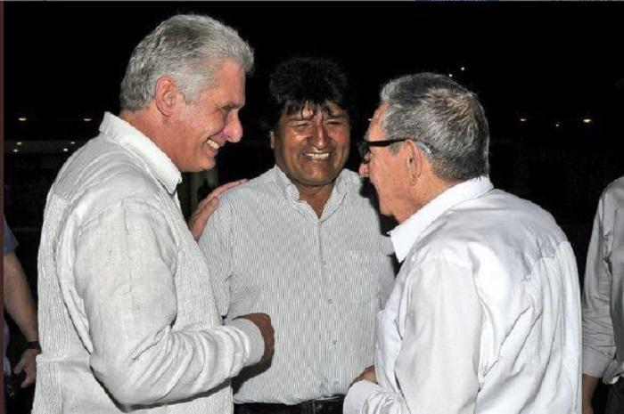 http://www.radiorebelde.cu/images/images/2019/cuba/diaz-canel-evo-raul-foto-presidencia.jpg