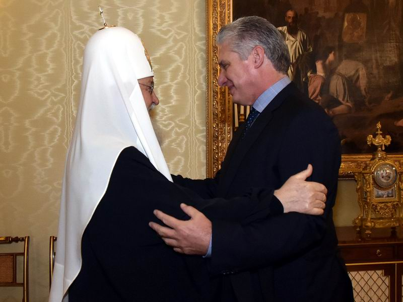 Patriarch Kirill meets Cuban president in Moscow
