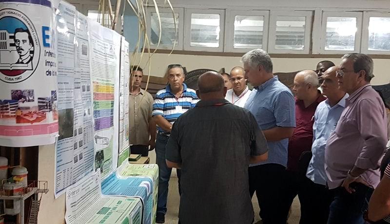 En la Universidad de Camagüey recibió información sobre la actividad científica.