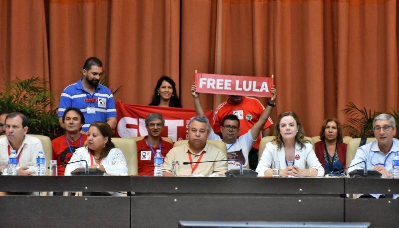 Respaldan los cubanos la liberación de Lula