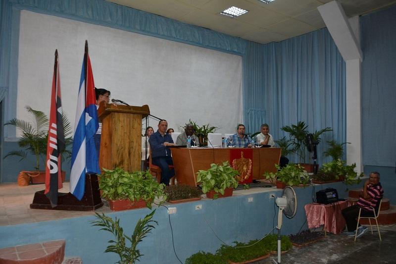 Subraya Lazo en Holguín necesidad de elevar la eficiencia en la gestión de gobierno en cada sector