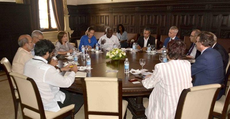Cuban President of parliament held talks with delegation from the French National Assembly