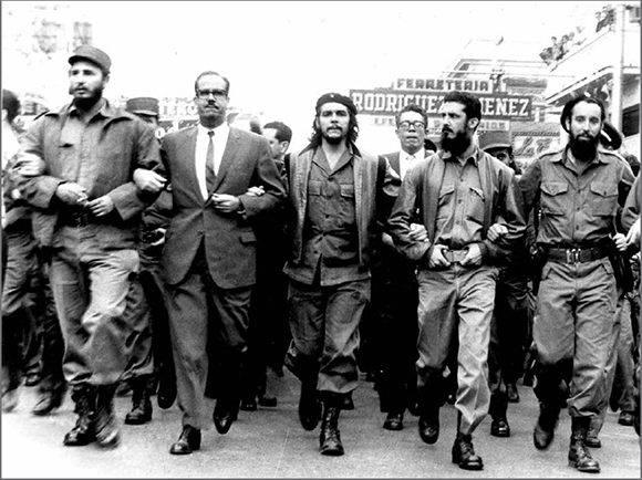 La consigna que acompaña a la Revolución cubana