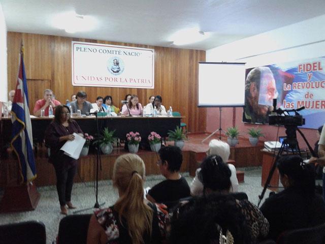 Mujeres cubanas reafirman compromiso con la Patria