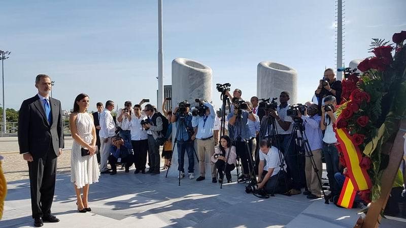 Reyes de España rinden homenaje a José Martí en La Habana