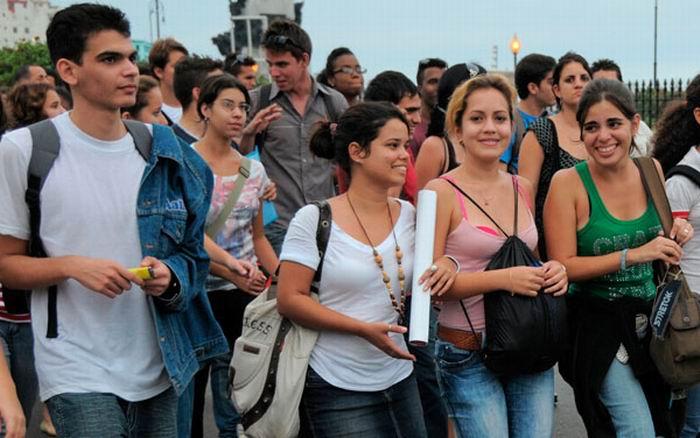 Jóvenes en Cuba